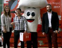 """Ganador del sorteo popular """"Fin de Feria"""": lote de producto de conserva, entradas para visitar La Rioja Tierra Abierta, y comida en un restaurante"""