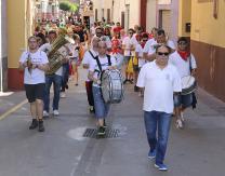 Desfile de disfraces infantiles amenizado por la Banda Municipal