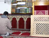 Jornada de puertas abiertas en la mezquita árabe con degustación de postres y té